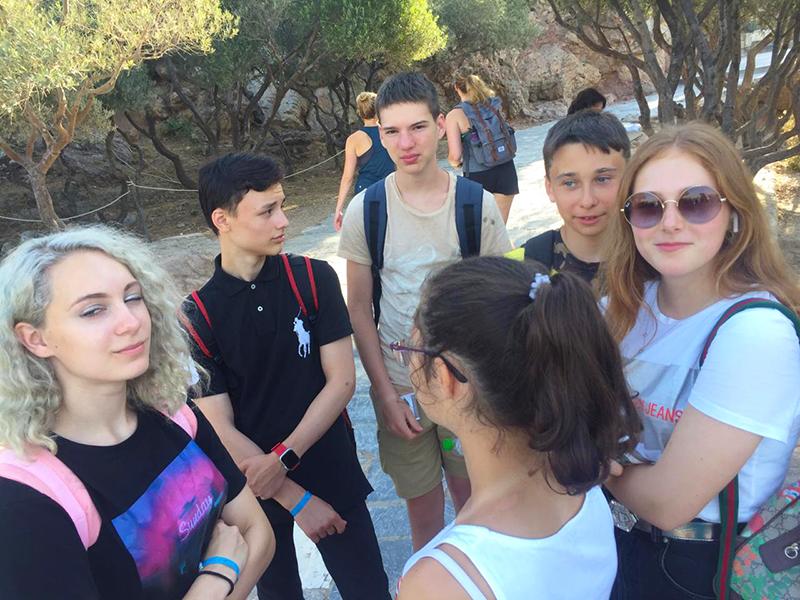 Наши путешественники прошли по тропам, где бродили великие умы греческого просвящения. И, конечно, наслаждались красотами древнего прекрасного города.