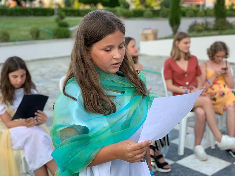 Настенька не в первый раз в нашем лагере, и в этом году она приехала со своим младшим братом Артемием, будущим первоклассником.