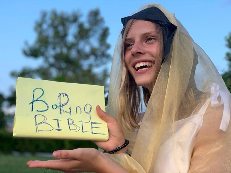 Кристина была неповторима в своих метаниях между добром и злом, благодетелю и алчностью.
