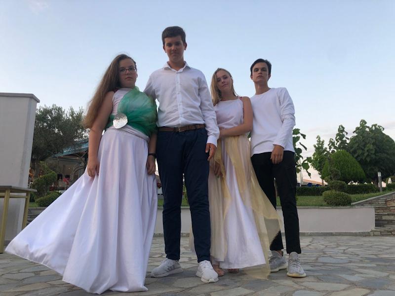 Англосаксы: Александр и София, Тимофей и София.