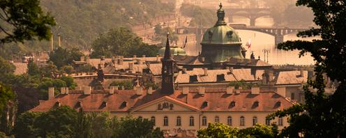«Веселые каникулы в волшебной Праге!»