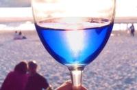 Напиток синего цвета изобрели в Испании