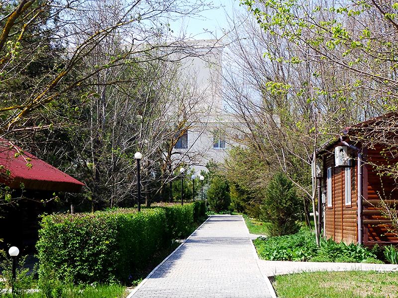 Коттеджный городок в пансионате Солнечная Долина, мыс Тарханкут, Крым